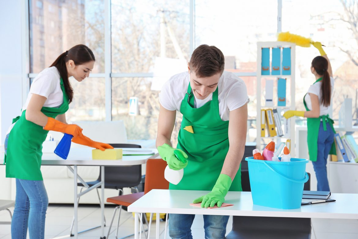 Advanced cleaning services with qualified personnel and latest generation machinery